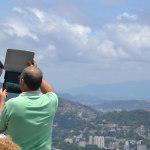 iPad tourists