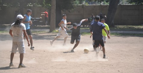 Chileans battling it out in the dust and field.