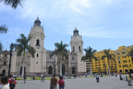 Amazing architecture in Lima - Plaza Mayor