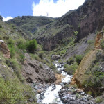 Little waterfall during our descend from Tapay