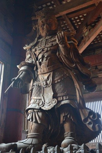 Guardian statue in Todai-ji main hall