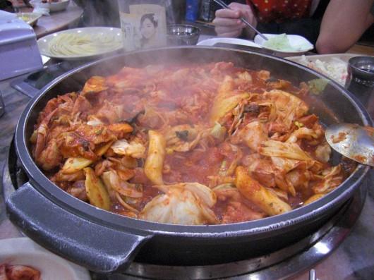 Dokbolgi/Dukbokki (I think) afterwards mixed in some rice with it. YUMMMMMMMMMMMMM