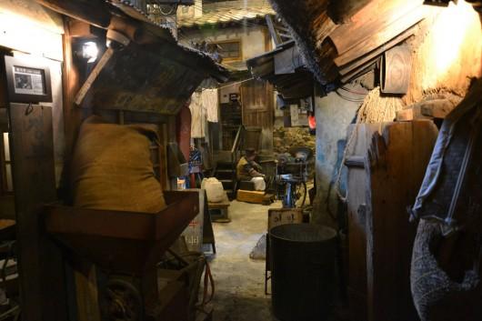 Narrow alleyways in old Korea
