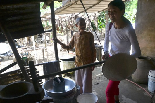 Rice paper making with Hoi An free tour