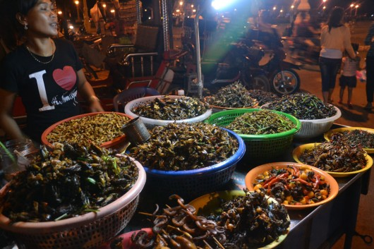 Not your average hawker food stall: crickets, lizards, snakes and spiders