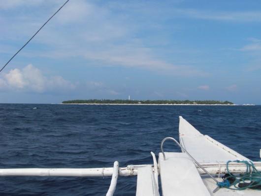 Island hopping in Panglao Island