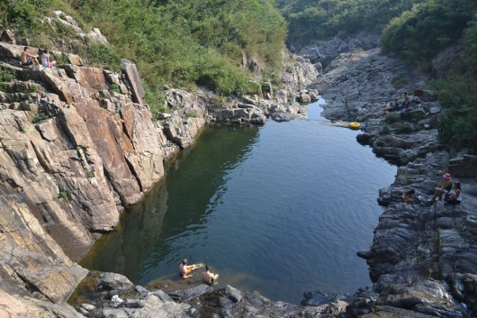 The pool and cliff and Sheung Luk stream