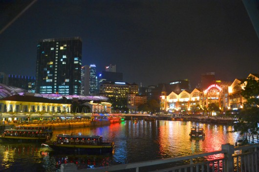 Clarke Quay, strip of former warehouses now used for bars, restaurants and clubs