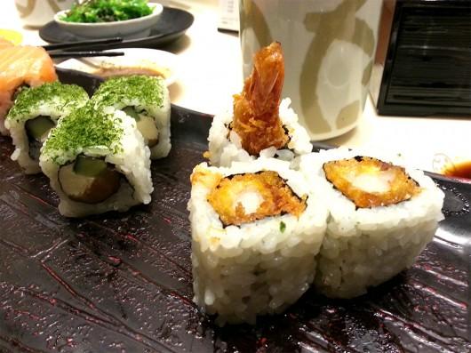 Fried shrimp sushi