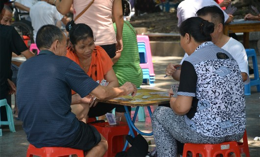 Elderly gather up to play card games