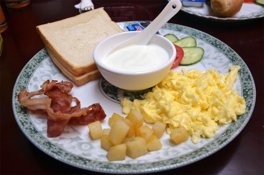 Breakfast at Dragon Retreat Inn