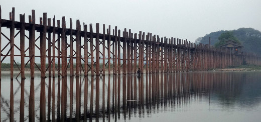 The 1,2km long U Bein's Bridge in Amarapura