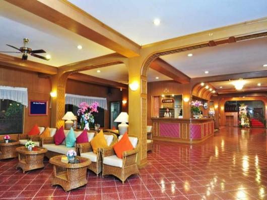 Sabai Inn - reception