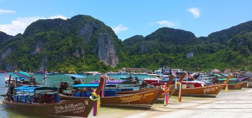 Asian Backpacker - Phuket island hopping