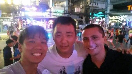 Asian Backpacker - Phuket making new friends