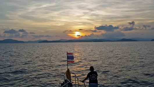 Asian Backpacker - Sunset after diving