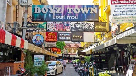 Asian backpacker - Pattaya Boyz town